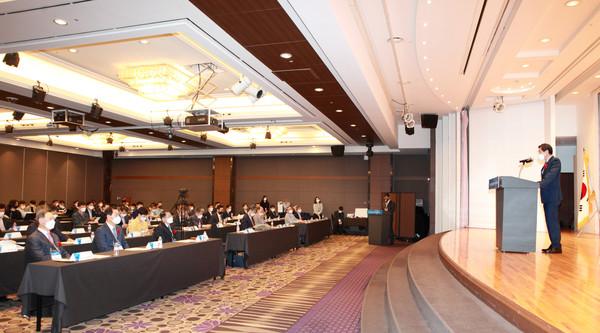 (사진:글로벌뉴스통신 김성곤 기자)한국품질경영학회는 5월 21일(금) 서울 The-K 호텔 거문고C홀에서 AI/빅데이터 시대의 품질경영이라는 주제로 춘계학술대회를 개최하였다